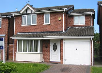 Thumbnail 4 bed detached house to rent in Sedgemere Avenue, Leighton, Crewe, Cheshire