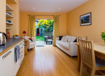 Leighton Gardens, London NW10. 2 bed flat
