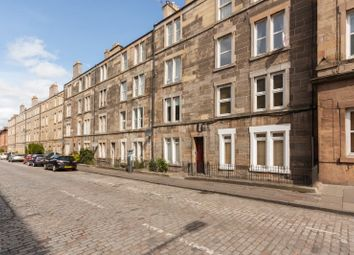 Thumbnail 3 bed flat to rent in Downfield Place, Dalry, Edinburgh
