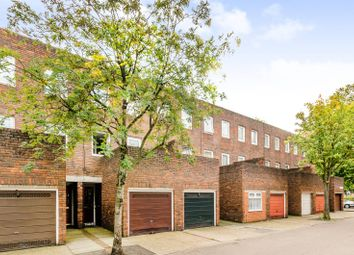 Thumbnail 3 bed property for sale in Kemps Drive, Canary Wharf