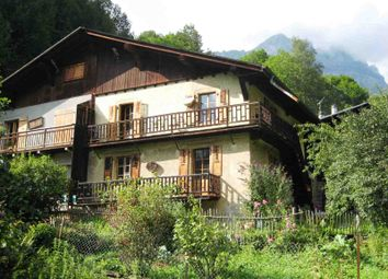 Thumbnail 2 bed apartment for sale in Servoz, France