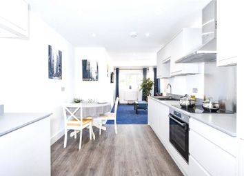 Thumbnail 2 bed flat to rent in Crockhamwell Road, Woodley, Reading, Berkshire