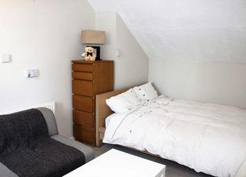 Thumbnail Studio to rent in Roxborough Avenue, Harrow-On-The-Hill, Harrow