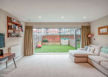 3 bed maisonette for sale in Barn Street, London N16
