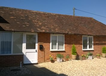 Thumbnail 1 bed cottage to rent in East End, Newbury