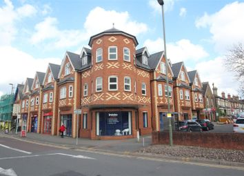 2 bed property to rent in Church Road, Guildford GU1