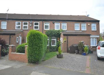 Thumbnail 3 bed detached house for sale in Curlew Close, London