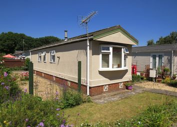 Thumbnail 2 bed mobile/park home for sale in Allington Lane, West End, Southampton