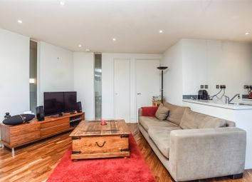 Thumbnail 2 bedroom flat to rent in Bedford Hill, London
