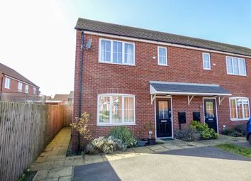 Thumbnail 3 bed property for sale in Moorhen Close, Market Rasen, Lincolnshire