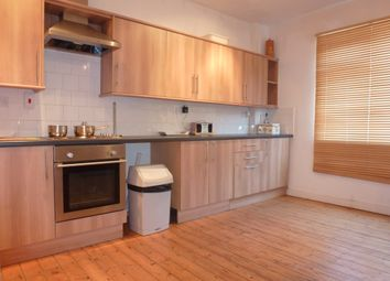 Thumbnail 3 bed flat to rent in Albany Road, Roath