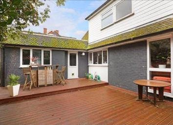 Thumbnail 4 bed detached house for sale in Silverdale Road, Wargrave, Reading