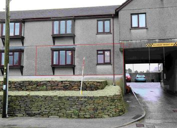 Thumbnail 2 bed flat to rent in Kernick Road, Penryn