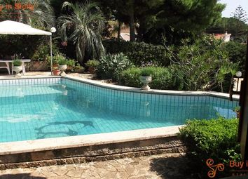Thumbnail 3 bed villa for sale in Fontane Bianche, Sicily, Italy