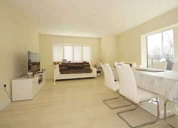 Thumbnail 2 bed flat for sale in Chatswood Mews, Sidcup