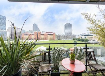 Thumbnail 2 bed flat to rent in Westview Apartments, Finsbury Square, London