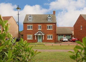 Thumbnail 5 bed detached house to rent in Roman View, Deanshanger, Milton Keynes