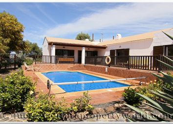 Thumbnail 3 bed villa for sale in La Oliva, Fuerteventura, Canary Islands, Spain