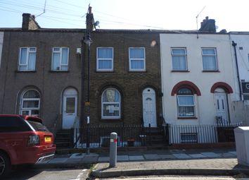3 bed terraced house to rent in Edwin Street, Gravesend DA12