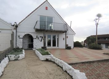 Thumbnail 6 bed property to rent in Lynmouth Drive, Sully, Penarth