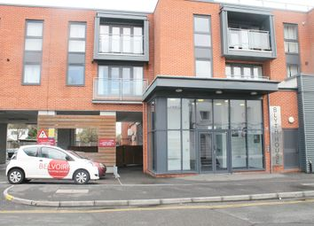 2 bed flat to rent in Southchurch Road, Southend-On-Sea SS1