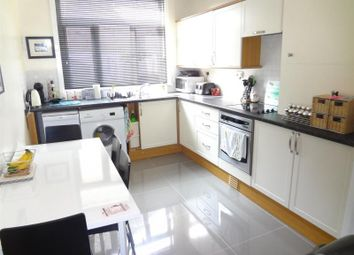 Thumbnail 2 bed cottage to rent in Highfield Road, London