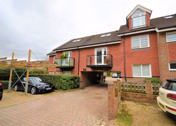 1 bed flat to rent in Hill Avenue, Amersham HP6