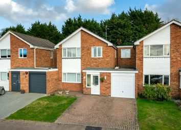 4 bed link-detached house for sale in Beaumayes Close, Boxmoor, Hertfordshire HP1