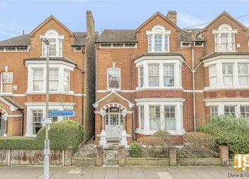 2 bed flat for sale in Mayford Road, London SW12