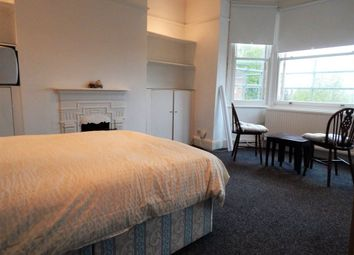 Thumbnail 1 bedroom property to rent in Sunningfields Crescent, London