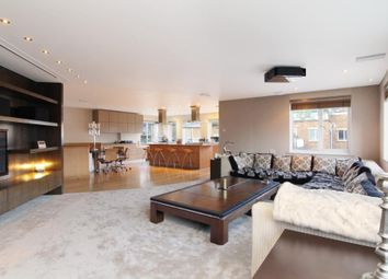 2 bed flat for sale in Mendip Court, Chatfield Road, London SW11