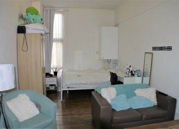 Thumbnail Studio to rent in High Road Leytonstone, London, Greater London.