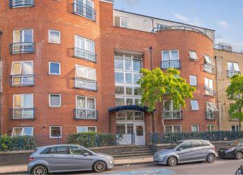 240 Poplar High Street, London E14. 1 bed flat