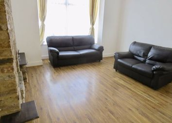 2 bed flat for sale in Percy Road, North Finchley, London N12