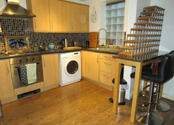 Thumbnail 2 bed flat to rent in Barons Court, Burton-On-Trent