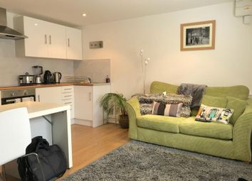 1 bed property to rent in High Street, Weybridge, Surrey KT13