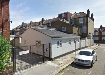 Thumbnail Maisonette to rent in High Street Colliers Wood, Colliers Wood, London
