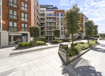 Thumbnail 3 bed flat for sale in Doulton House, 11 Park Street, London