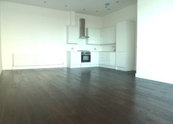 Thumbnail 4 bed flat to rent in Ballards Lane, North Finchley, London