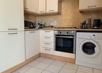 Thumbnail Flat to rent in Long Ford Close, Oxford