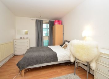 Thumbnail 5 bed shared accommodation to rent in Sandalwood Close Solebay Street, Mile End, Stepney Green, London