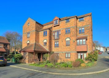 Thumbnail 1 bed flat for sale in Belmont Hill, St. Albans