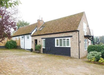Thumbnail 2 bed barn conversion to rent in Piccotts End Road, Piccotts End, Hemel Hempstead