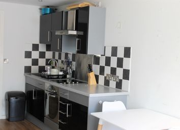 Thumbnail 1 bed flat to rent in Basilica, King Charles Street, Leeds
