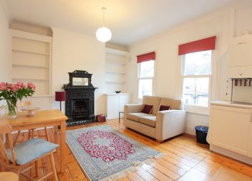2 bed flat to rent in Huron Road, London SW17