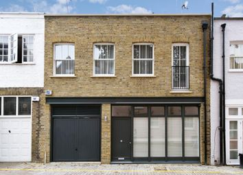 Thumbnail 4 bedroom mews house to rent in Queen's Gate Mews, London