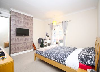 Thumbnail 1 bed property to rent in Meadow Lane, Loughborough