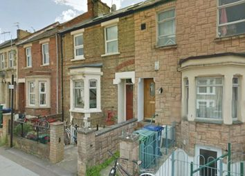 Thumbnail Studio to rent in Bullingdon Road, Bills Included