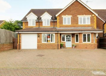 Thumbnail 5 bed detached house for sale in Athenia Close, Goffs Oak, Waltham Cross