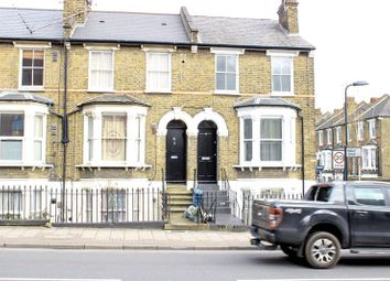 Thumbnail 2 bedroom flat for sale in Kenworthy Road, London
